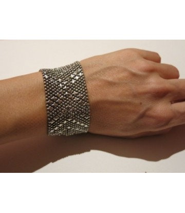http://www.poonamdress.it/shop/1754-thickbox_default/bracciale.jpg