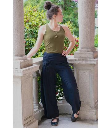 http://www.poonamdress.it/shop/3912-thickbox_default/pantalone-aladino-tasche-cotone.jpg