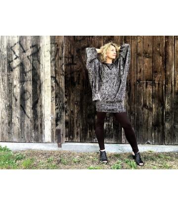 http://www.poonamdress.it/shop/5130-thickbox_default/pantalone-trasformista-print.jpg