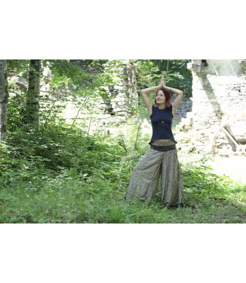 http://www.poonamdress.it/shop/5566-thickbox_default/pantalone-seta-elephant.jpg